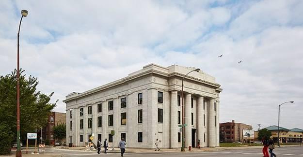 1 dolarlık banka binası dev sanat merkezine çevrildi!