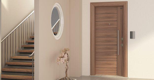 Sur Çelik Kapı'dan deprem sırasında kendiliğinden açılan kapı!