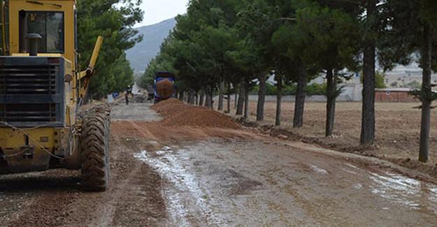 Antalya Çomaklı yolları yenileniyor!