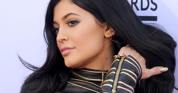 Kylie Jenner 12 milyon dolarlık malikane satın aldı!
