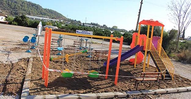Antalya Kumluca'ya yeni oyun parkı ve spor alanı!
