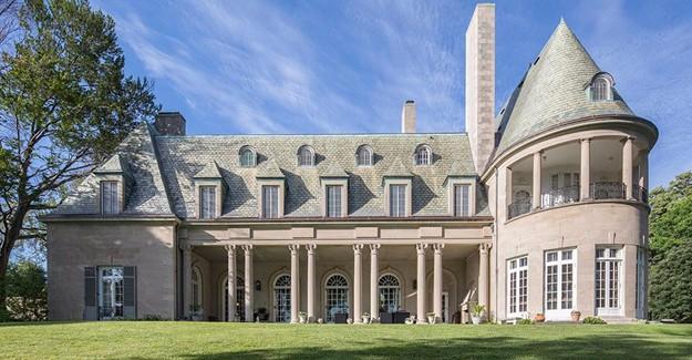 Gatsby's house