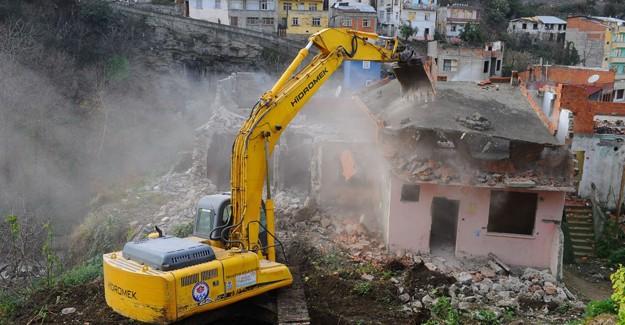 'Kentlerin dönüşüm faaliyetleri ağırlıklı olarak bina bazında yapılıyor'!