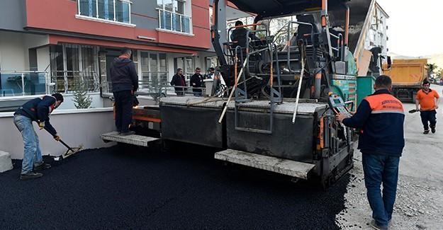 Ankara Mamak'ta 9 yılda 2 Milyon 715 bin ton asfalt döküldü!
