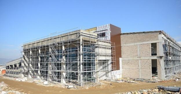 Yıldırım'da yükselen Türkiye'nin en büyük spor kompleksinin yüzde 60'ı tamamlandı!
