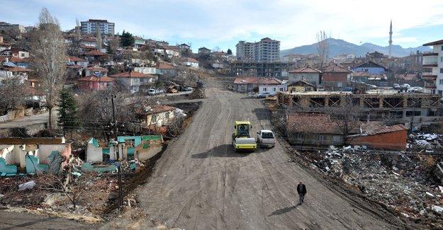 Altındağ'da 352 kilometrelik yol açıldı!
