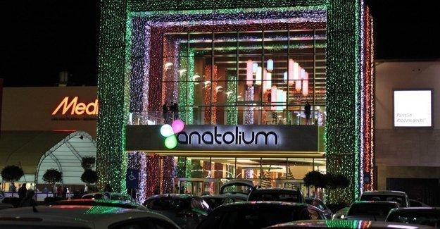Anatolium Bursa 1 Ocak 2016 günü açık mı? Anatolium Bursa AVM 1 Ocak 2016 kaçta açılıyor!
