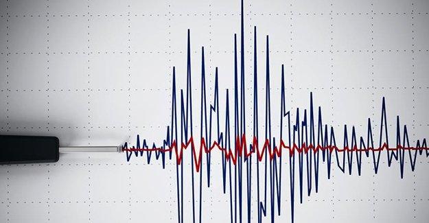 Bursa'da deprem! 4.4 ile sallandı...