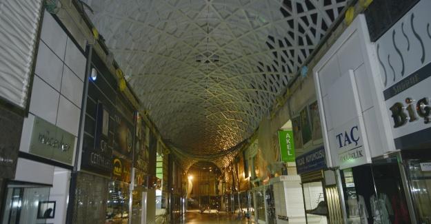 Bursa Tarihi Kapalı Çarşı bugün yeni yüzüyle açılıyor