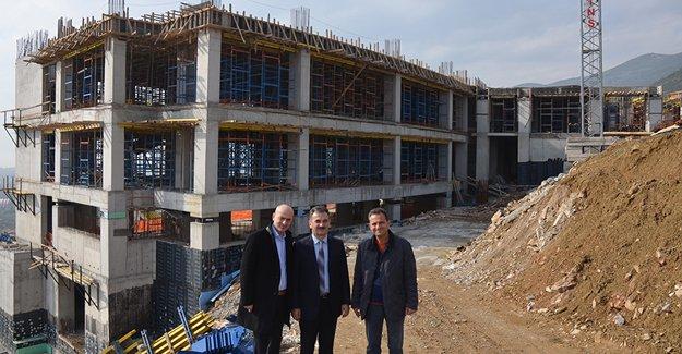 Gemlik'te hastane inşaatı ilerliyor!