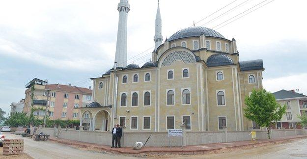 İnegöl Somuncu Baba Camisi'nin çevresi düzenleniyor!