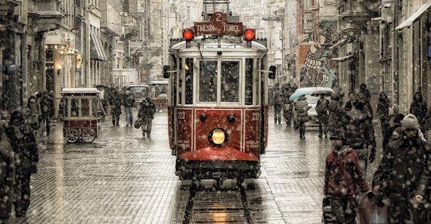 İstanbul'da bazı üniversitelerde eğitime kar tatili! 31 Aralık 2015
