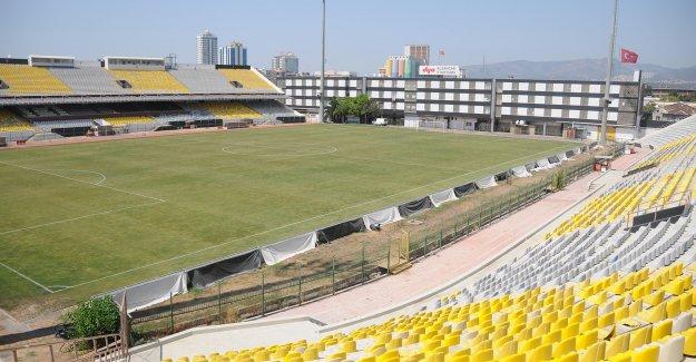 İzmir Alsancak Stadı yıkılıyor