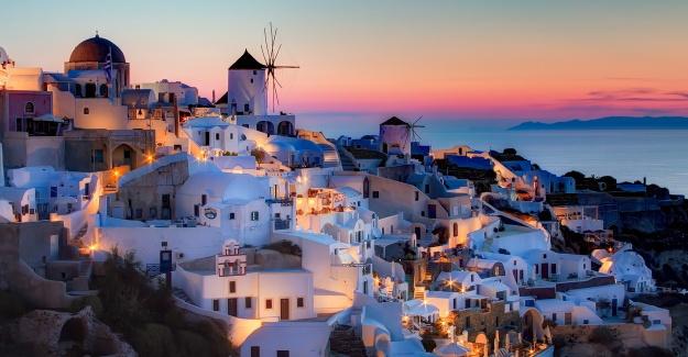 Kamu kuruluşları, adalar,  limanlar... Yunanistan topraklarını satıyor!