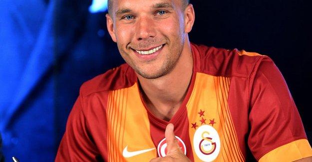 Lukas Podolski aradığı evi buldu! Sneijder ve Kıvanç Tatlıtuğ ile aynı sitede oturacak!