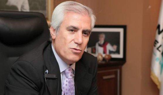 Mustafa Bozbey kimdir?