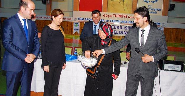 Nevşehir'de TOKi kuraları çekildi!