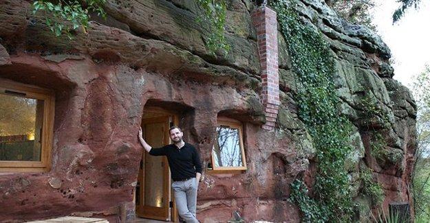 Tarihi mağarayı eve dönüştürdü!