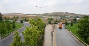 Ankara Zırhlı Birlikler arazisinden 4 kilometrelik bağlantı yolu!