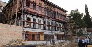 Büyükşehir Ali Paşa Konağı'nı restore ediyor!