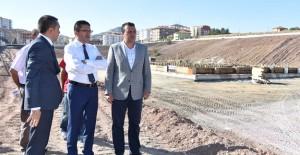 Başkan Tiryaki, Altındağ'da yapımı devam eden projeleri inceledi!