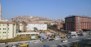 Emlakçılar Mamak'ta yapılan dev projelerden memnun!