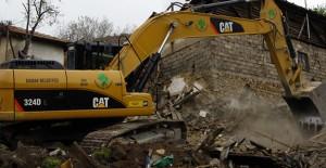 Mamak'ta bu yıl 280 metruk bina yıkıldı!
