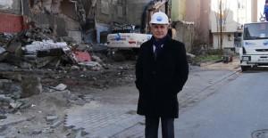 Büyükçekmece'de 9 riskli bina yıkıldı!