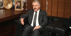 Bakan'dan İzmir'e 13 müjde!