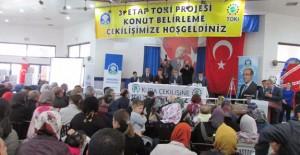 Afyon Sandıklı'da 3. Etap TOKİ konutlarının kurası çekildi!