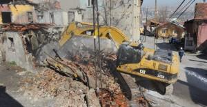 Ankara Hıdırlıktepe, Atıfbey ve Yıldırım Beyazıt'da 200 metruk bina daha yıkıldı!