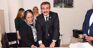Çukurova Belediye Evleri kentsel dönüşüm projesinde ilk imzalar atıldı!