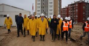 Ergün Turan, Karaman'da yapımı devam konut projelerini inceledi!