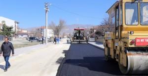 Erzincan Belediyesi asfalt kaplama çalışmalarına başladı!