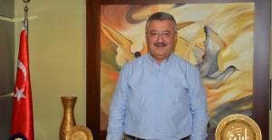 """""""İzmir 50 yılını bir an evvel planlamalı""""!"""