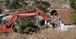 Mamak'ta 30 bin 500 gecekondu yıkıldı!