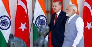 '100 Akıllı Şehir ve Hindistan'da Yap projelerini Türk firmaları yapabilir'!