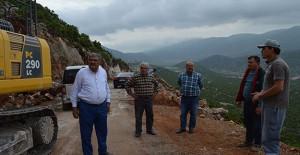 Antalya Döşemealtı Akkoç Mahallesi yolları yenileniyor!