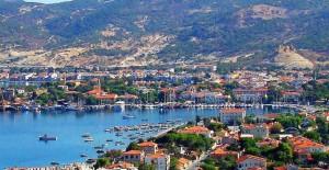 'İzmir'de riskli yapılar bir an önce yenilenmeli'!