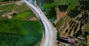 Malatya Dilek Mahallesi'nde 10 km'lik yolun çalışmaları devam ediyor!