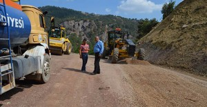 Antalya Kumluca'da yollar yenileniyor!