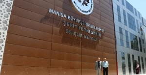 Manisa Alaşehir Şehit Fethi Sekin Gençlik Merkezi çalışmaları bitiyor!