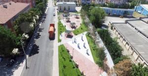 Sincan Belediyesi yeşil alan seferberliği ile 3 yeni park yapıyor!