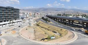 İzmir Bornova'da trafik sorunu çözülüyor!