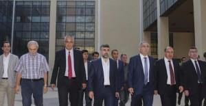Başkan Turan, 'Sultanbeyli devlet hastanesini inceledi'!