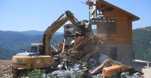 Osmangazi'de kaçak yapılar yıkılıyor!