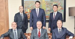 Jones Lang LaSalle (JLL) ve AVM Partners güçlerini birleştirdi