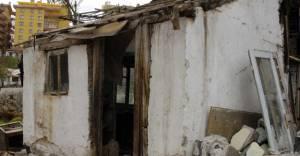 Mamak'ta metruk yapılar yıkılıyor!