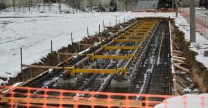 T2 tramvay hattında raylar döşeniyor
