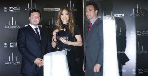 Jennifer Lopez'in Metropol İstanbul'daki evi yanıyordu!